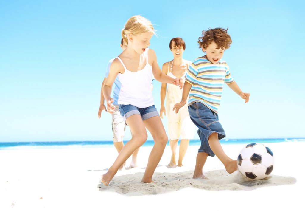 4 Fun Kid Activities for the Beach